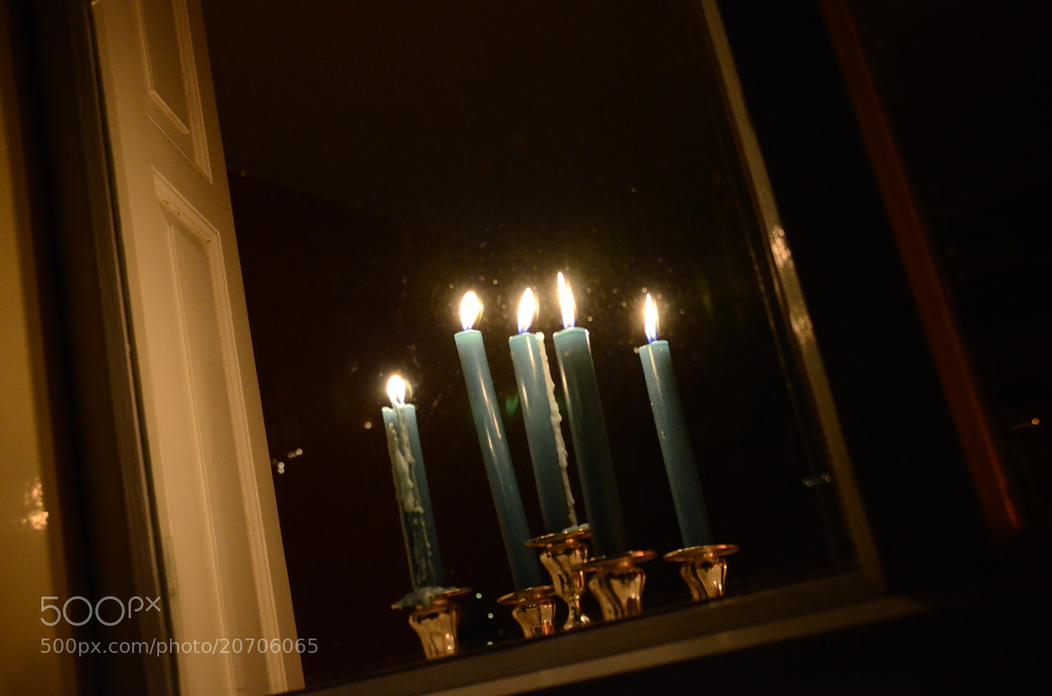 Photograph candle light window by Daniel Mogendorff on 500px