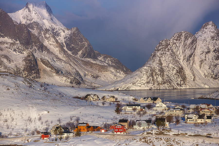 Reine by Andrej Bazanov on 500px.com