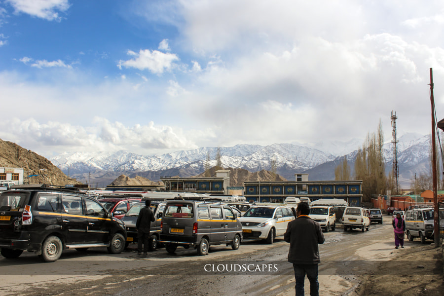 Leh city bus stop by Samuel Reddyprogu on 500px.com