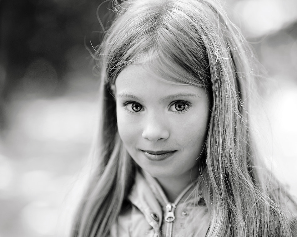 Photograph Girl by analuka09 on 500px