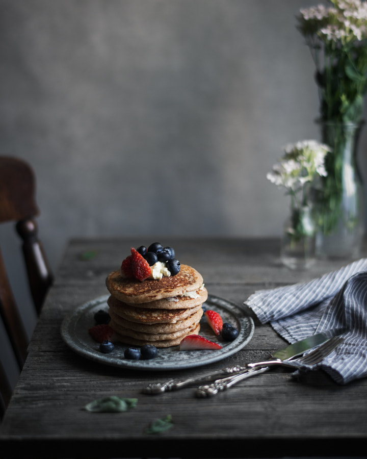 whole wheat pancakes. by Miki Fujii on 500px.com