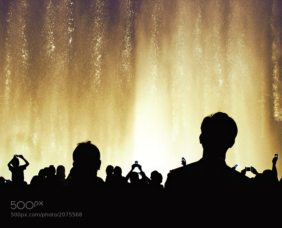 Photograph The Dubai Fountain Show by Khuram Lawrence on 500px
