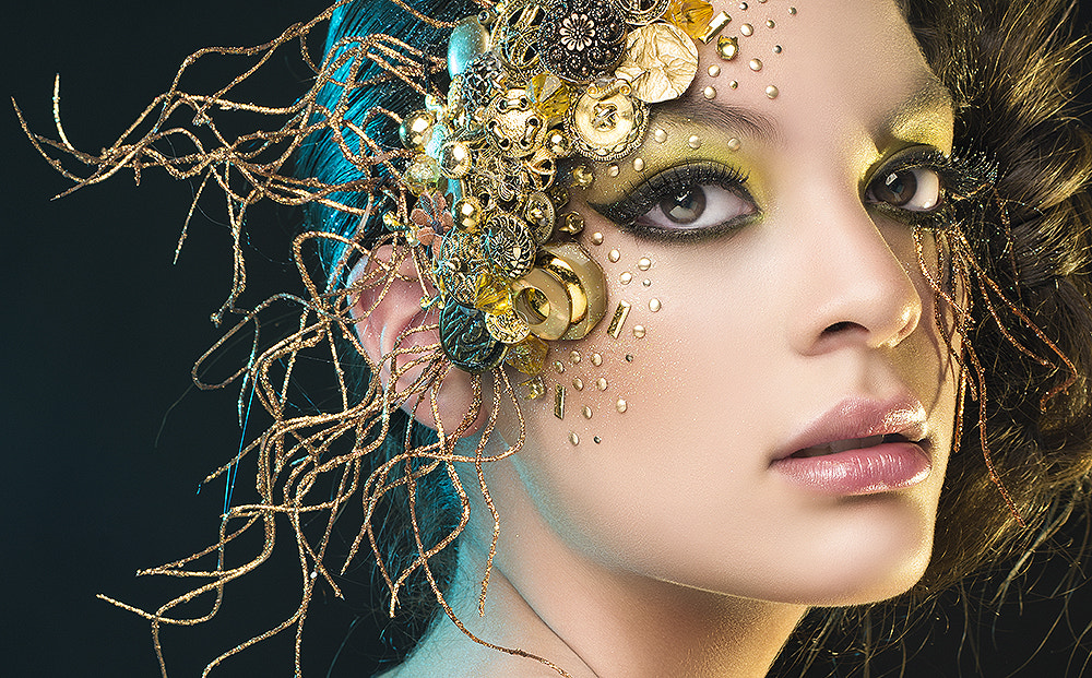 Photograph Golden by Rebeca  Saray on 500px