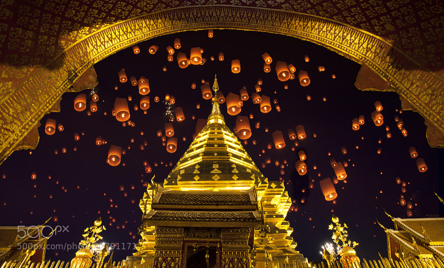 Photograph Doi suthep, golden pagoda and yeepeng  by Anek S on 500px