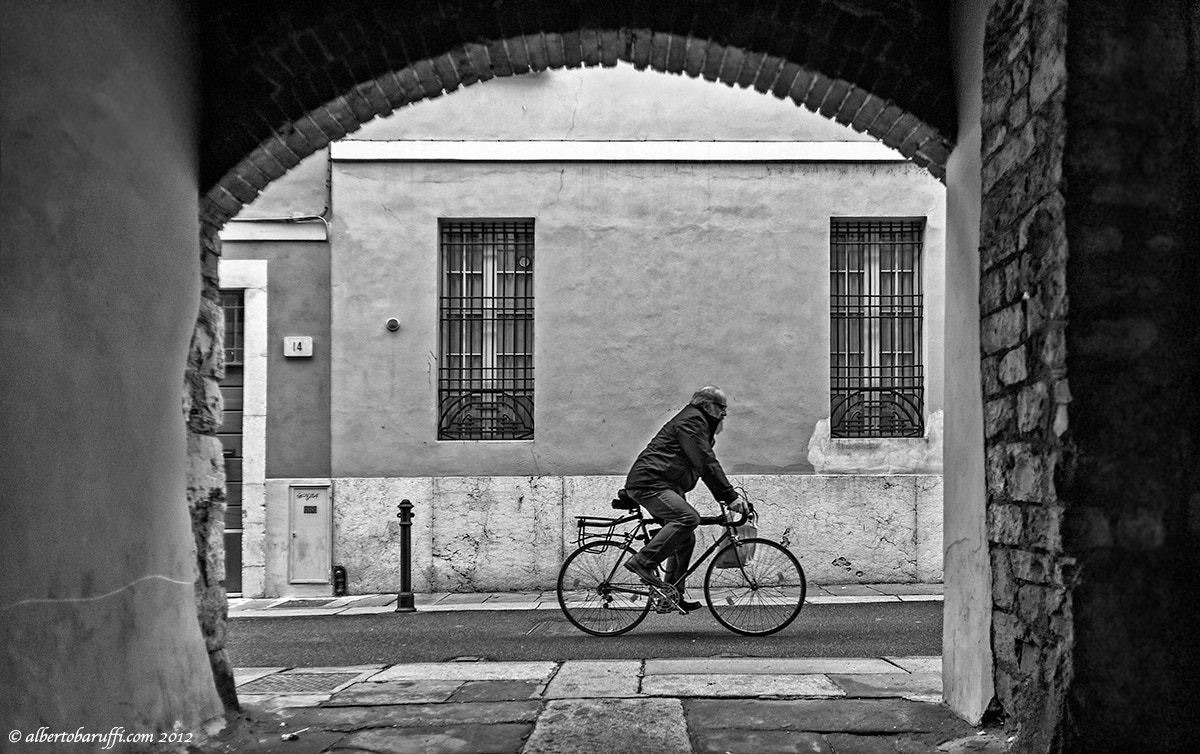 Photograph Only in the city by Alberto Baruffi on 500px