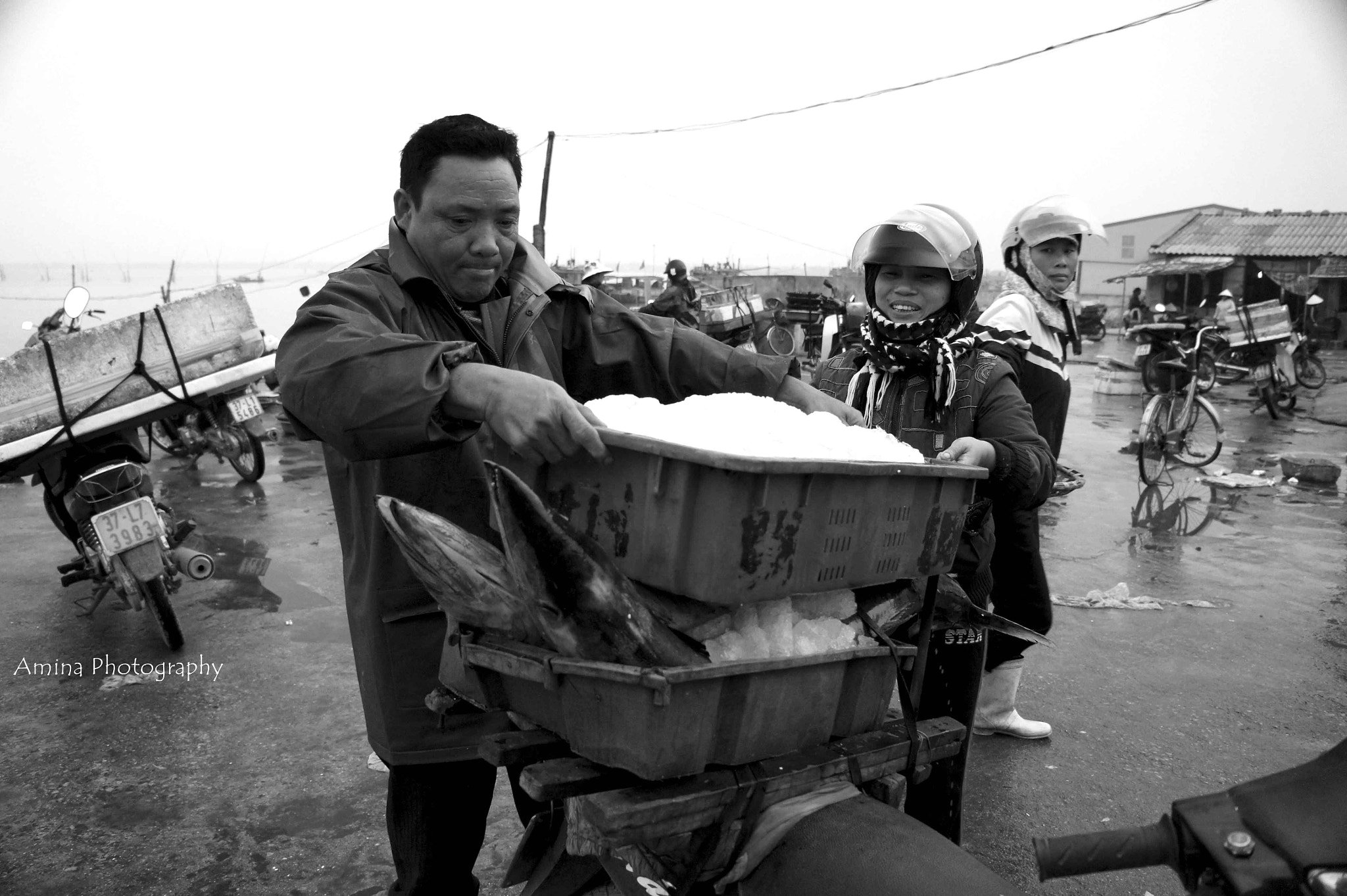 Photograph take fish distribution in the retail market by Le Phuong Uyen on 500px
