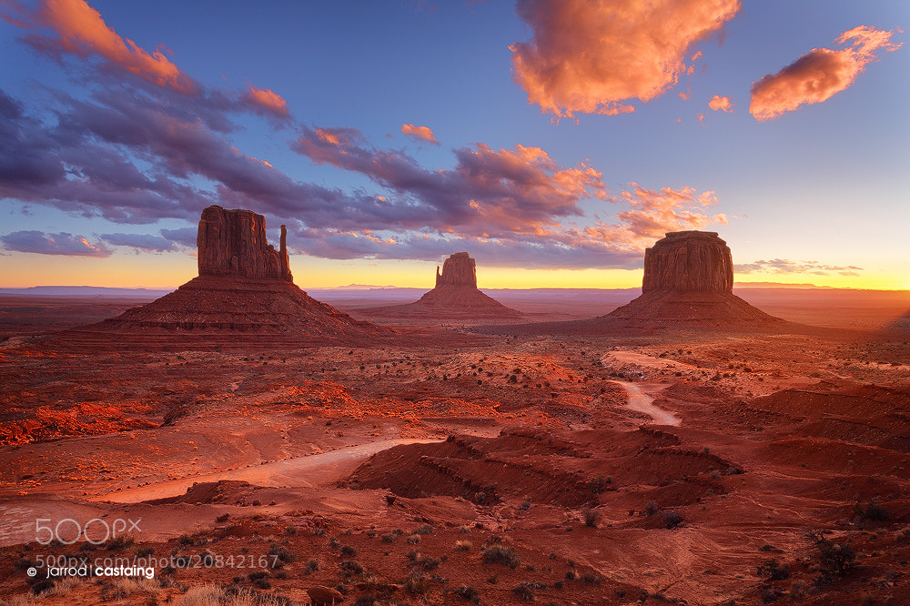 Photograph Monument Valley by Jarrod Castaing on 500px