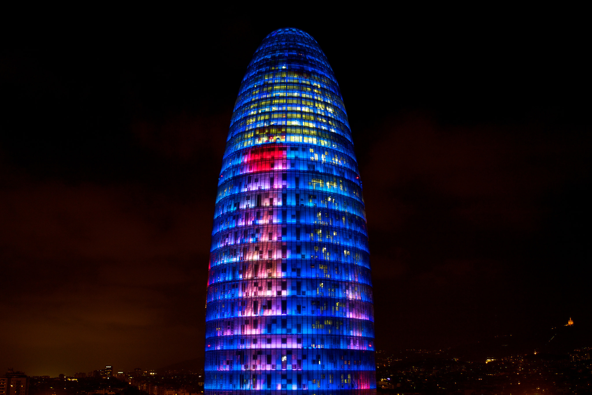 Photograph Torre Agbar by Guido Merkelbach on 500px