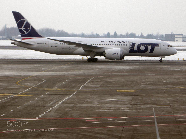 Photograph LO 787 WAW SP-LRA by Guido Merkelbach on 500px
