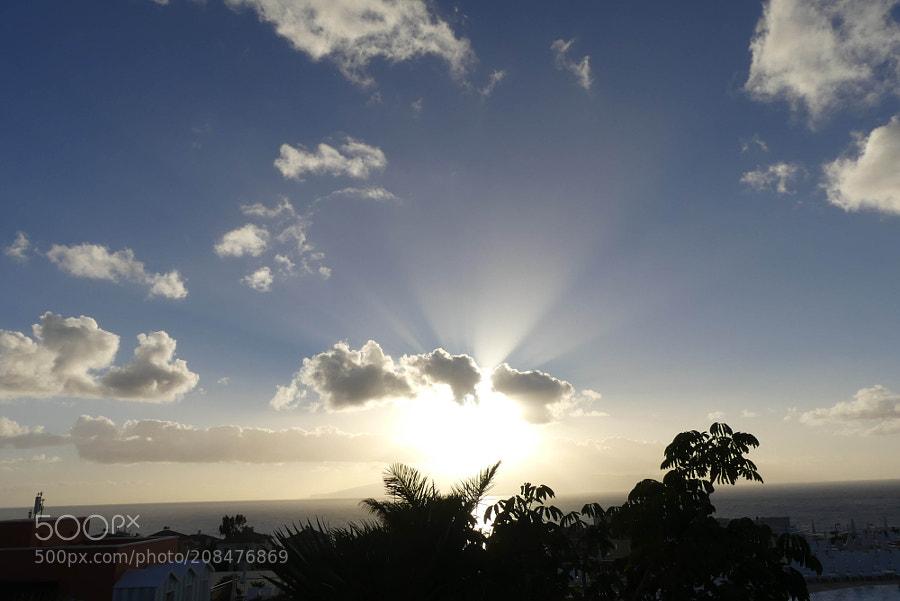 Sun over La Gomera