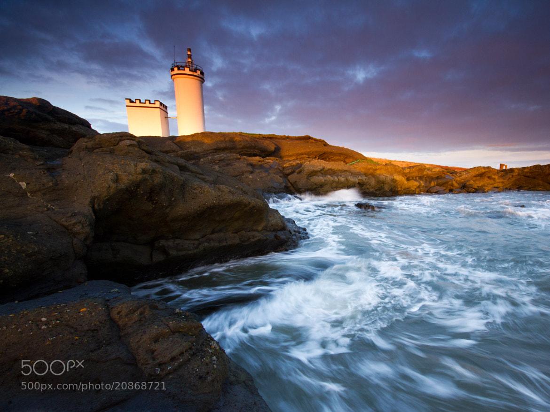 Photograph Lighthouse Swell by Simon Cameron on 500px