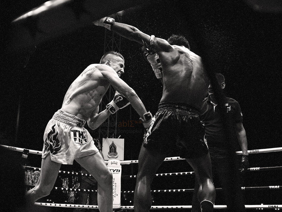 Photograph buakaw por pramuk defended his title by Kanski Songsapkul on 500px