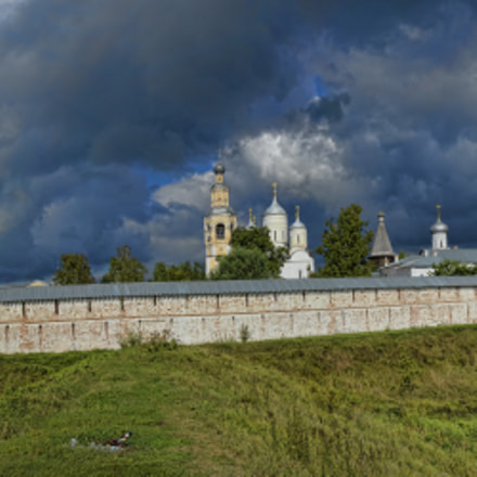 old monastery in Russia, Sony SLT-A77, Sony DT 16-50mm F2.8 SSM (SAL1650)