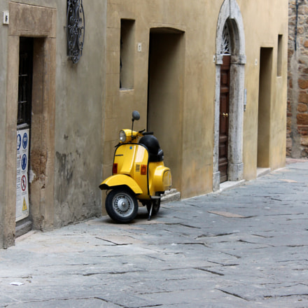 Italy, Canon EOS REBEL T3, Canon EF-S 18-55mm f/3.5-5.6 IS II
