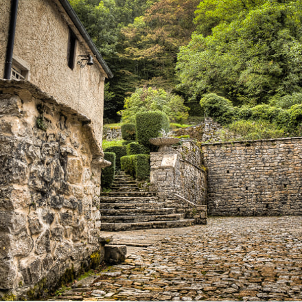 Old little French Square., Canon EOS 550D, Canon EF-S 18-55mm f/3.5-5.6 IS