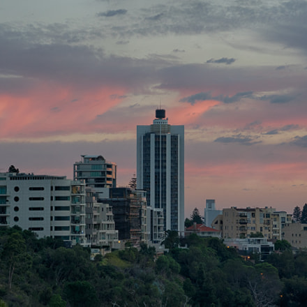 Sunrise from Kings Park, Sony ILCE-7M2, FE 24-240mm F3.5-6.3 OSS