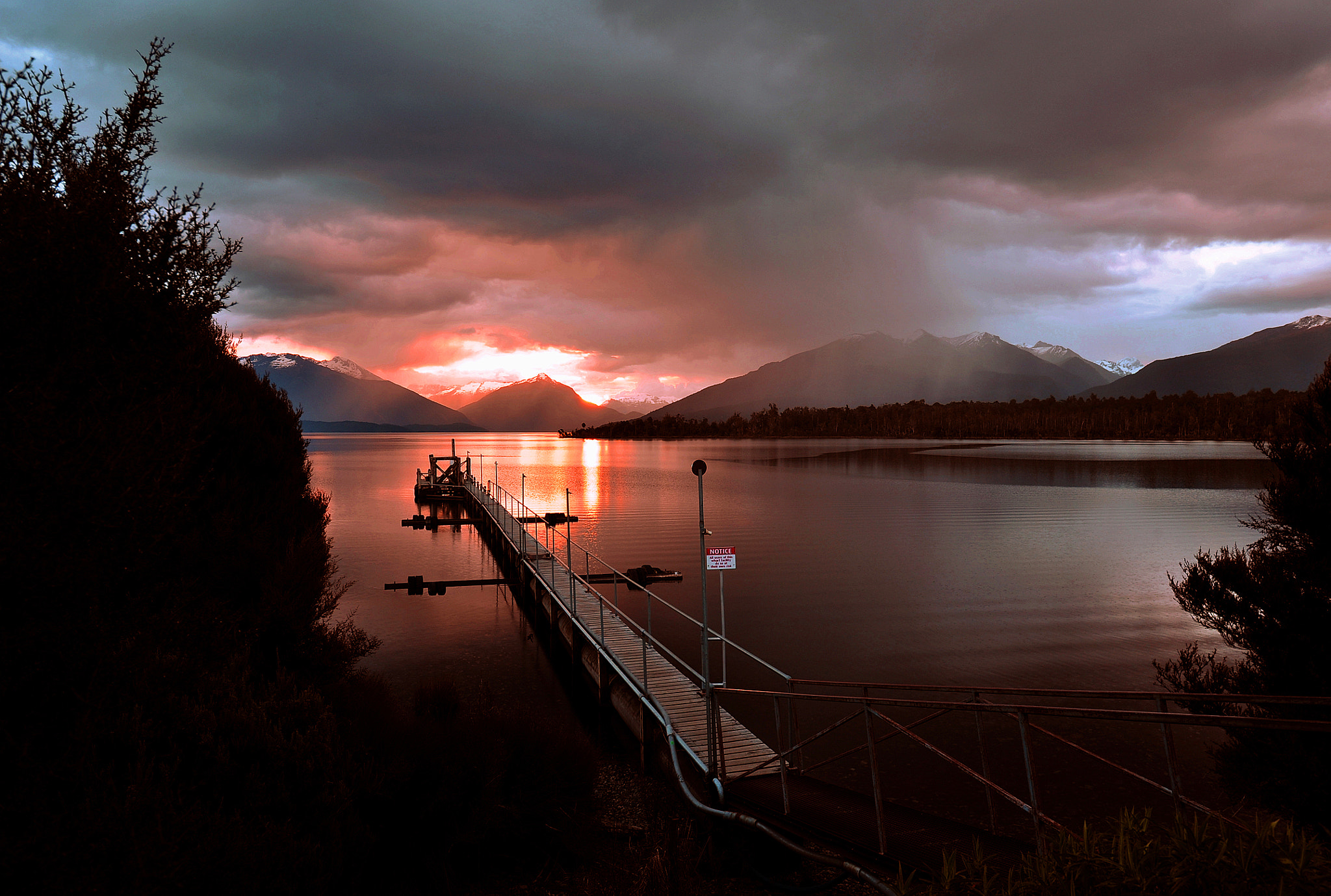 Photograph End Of Day. Te Anau, South Island, New Zealand. by Ralph de Zilva on 500px