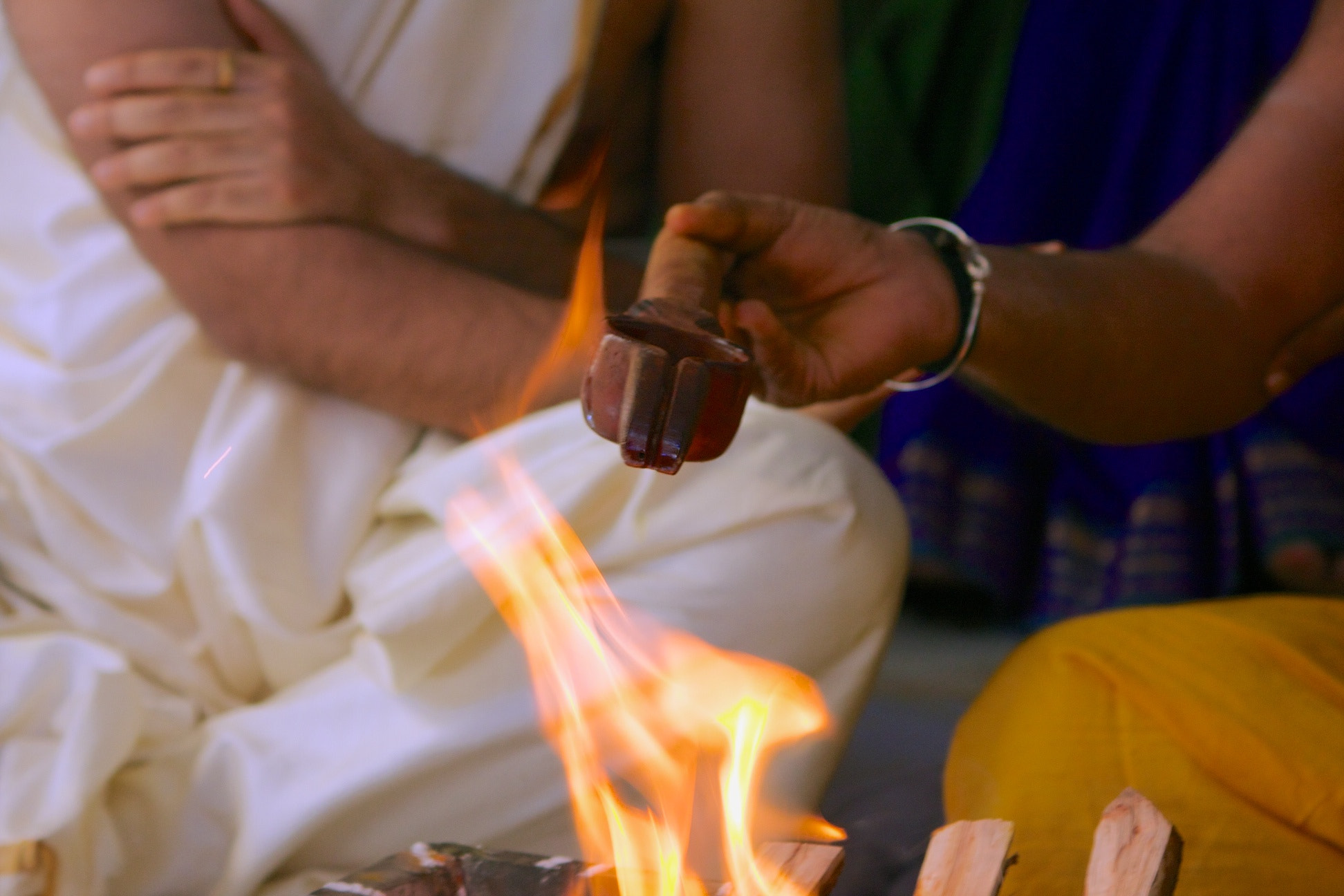 Photograph Homa - the hindu tradition to remember our gods by Venkatesh Murthy on 500px