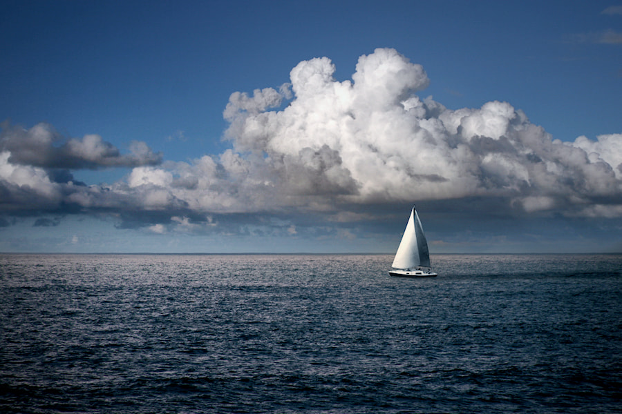 Photograph Sailing by Carlos Gotay on 500px
