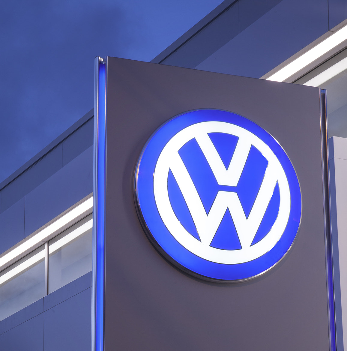 Photograph Volkswagen Logo by narote_wangsiri on 500px