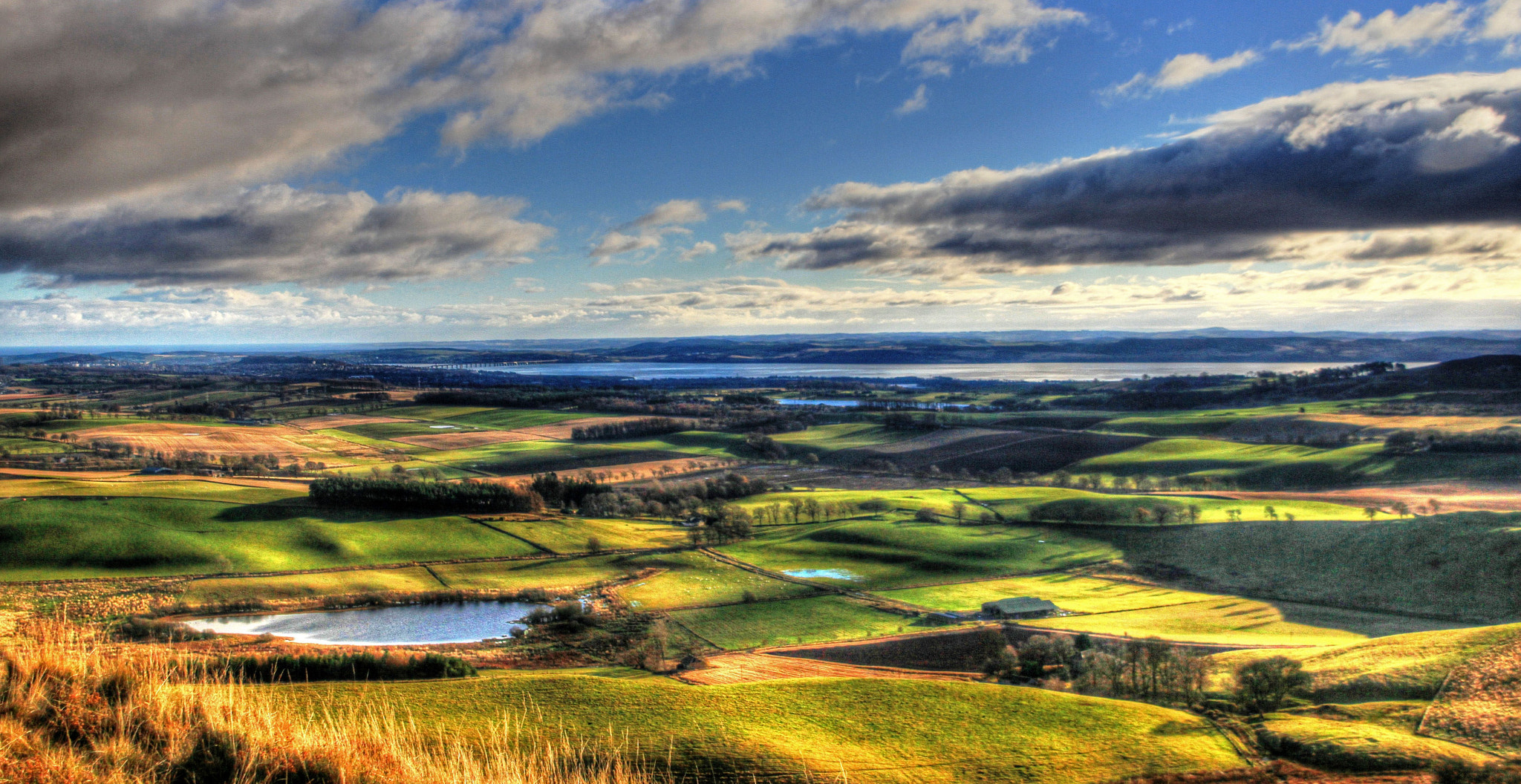 Photograph At The Top Off Lundie Crag by Hilda Murray on 500px