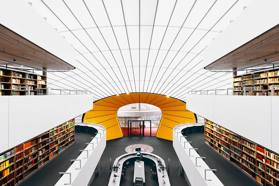 Berlin Bibliothek by Christian Theile on 500px.com