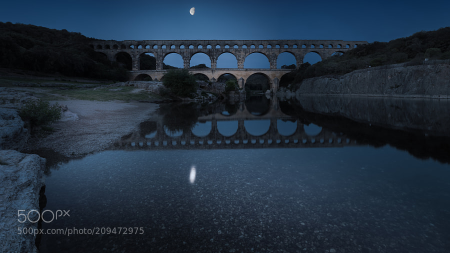 Pont du Gard under the moon