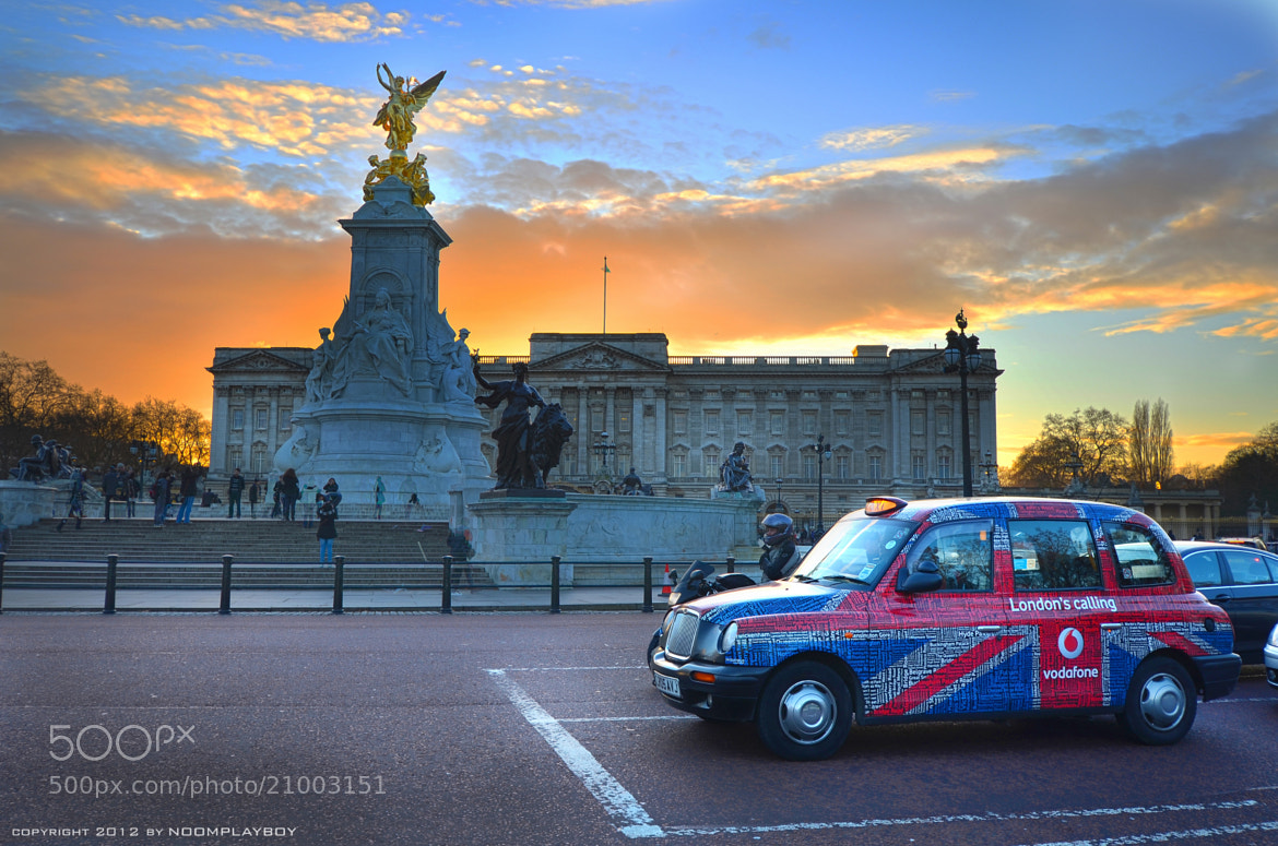 Photograph London Buckingham Palace by noomplayboy  on 500px