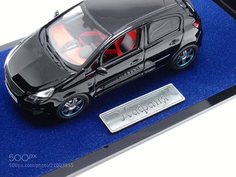The model of Opel Corsa D Scale: 1/43 norev/vmmodels Hand made