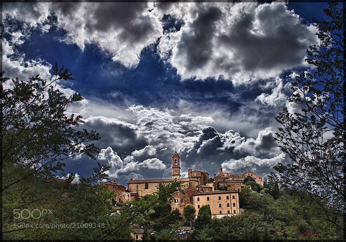 Photograph Montepulciano under the Clouds by Lorenzo ROSIGNOLI on 500px