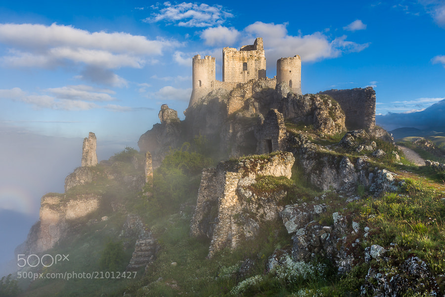 Photograph The old Castle at Rocca Calascio by Hans Kruse on 500px