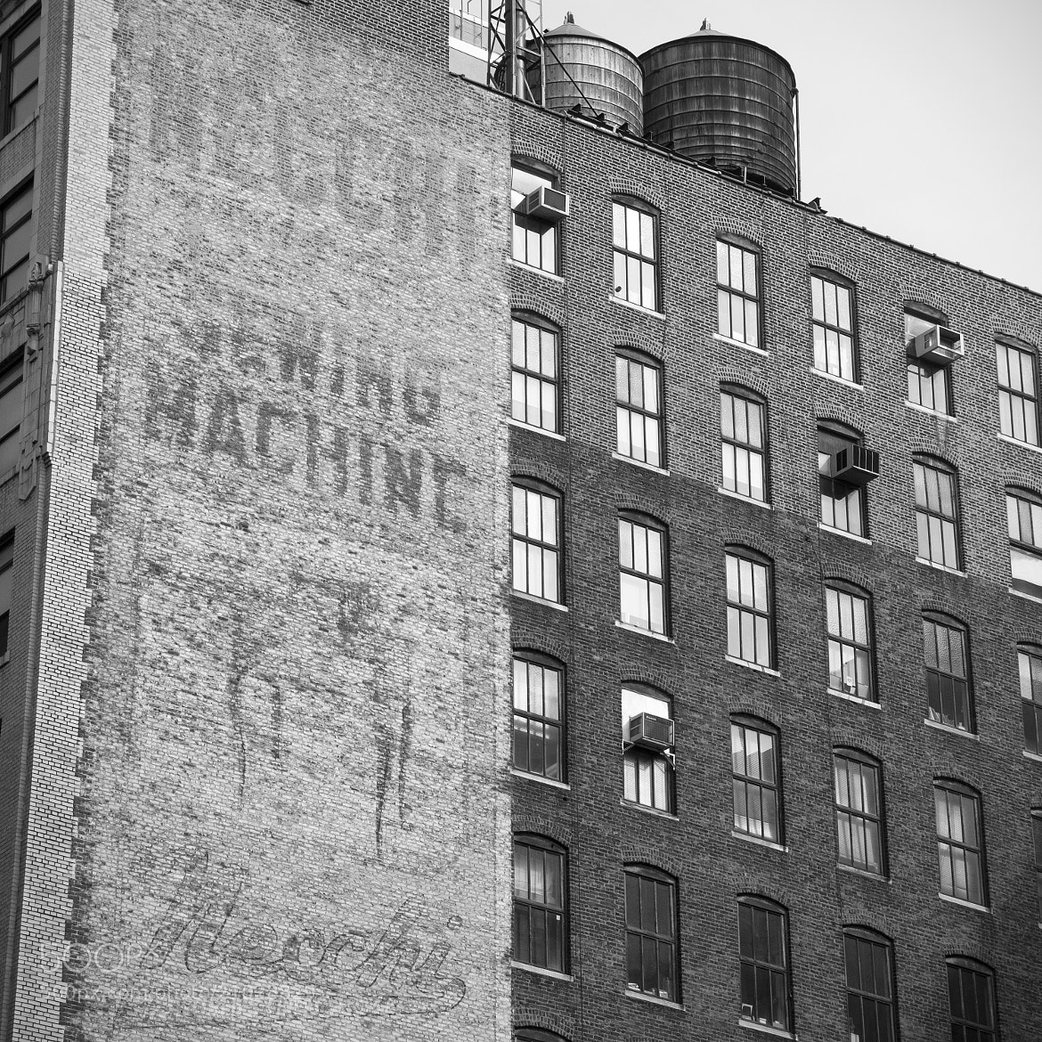 Photograph Old Sign - NYC 7 by Leandro Discaciate on 500px