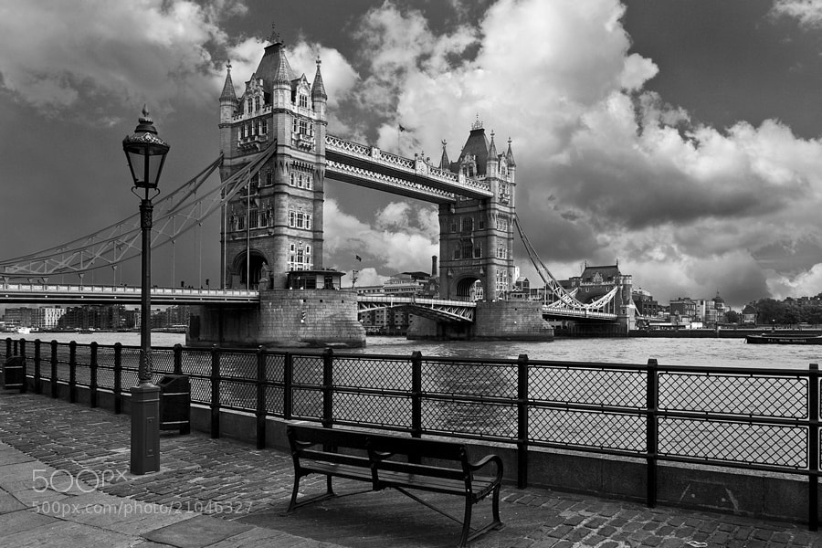 Photograph Tower Bridge by Paulo Penicheiro on 500px