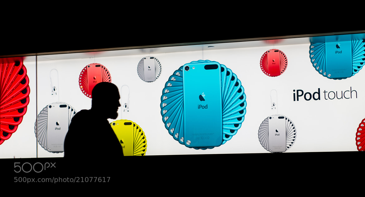 Photograph iPod Touch by Ben Eloy on 500px