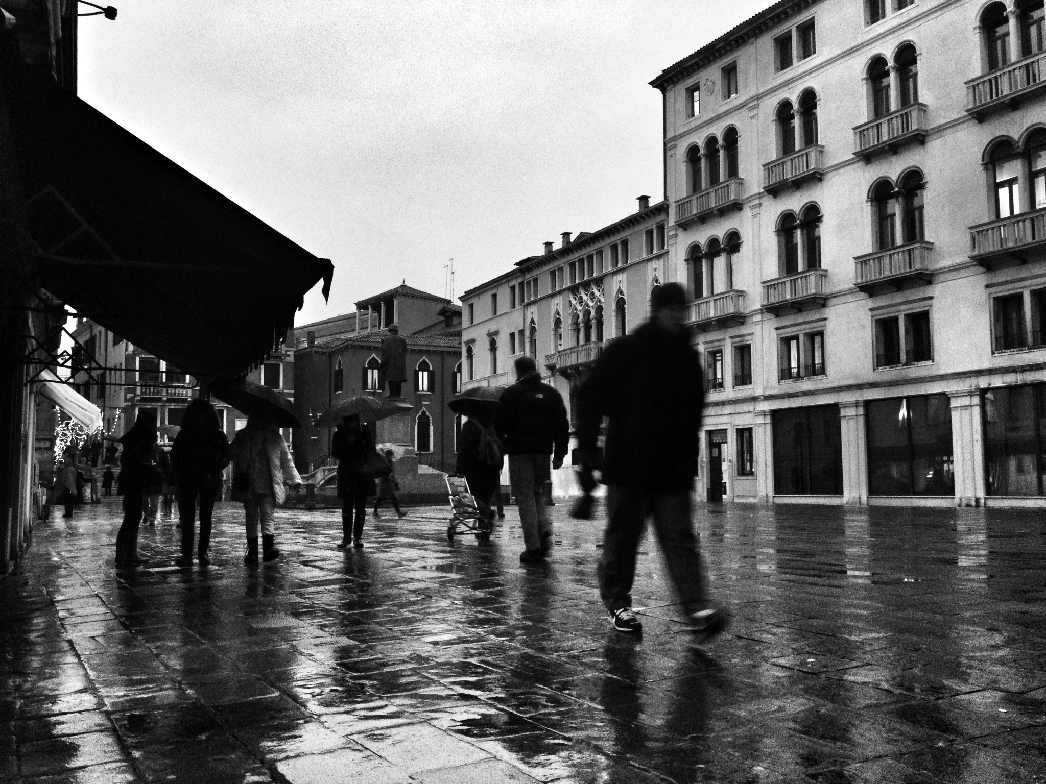 Photograph Campo Manin, Venice, on a rainy day by Andrea Maschio on 500px