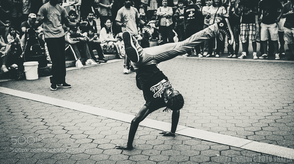Photograph B-Boy Style by Emanuel Bennett on 500px