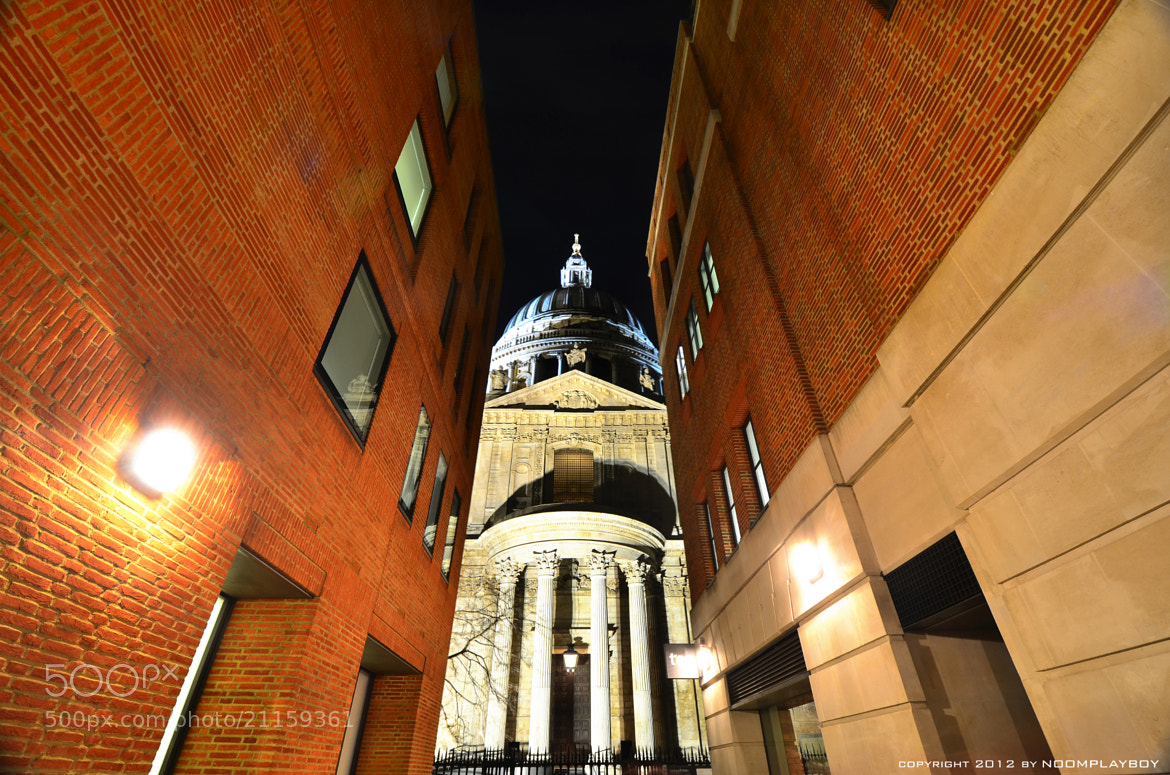 Photograph St Paul's Cathedra @ London by noomplayboy  on 500px