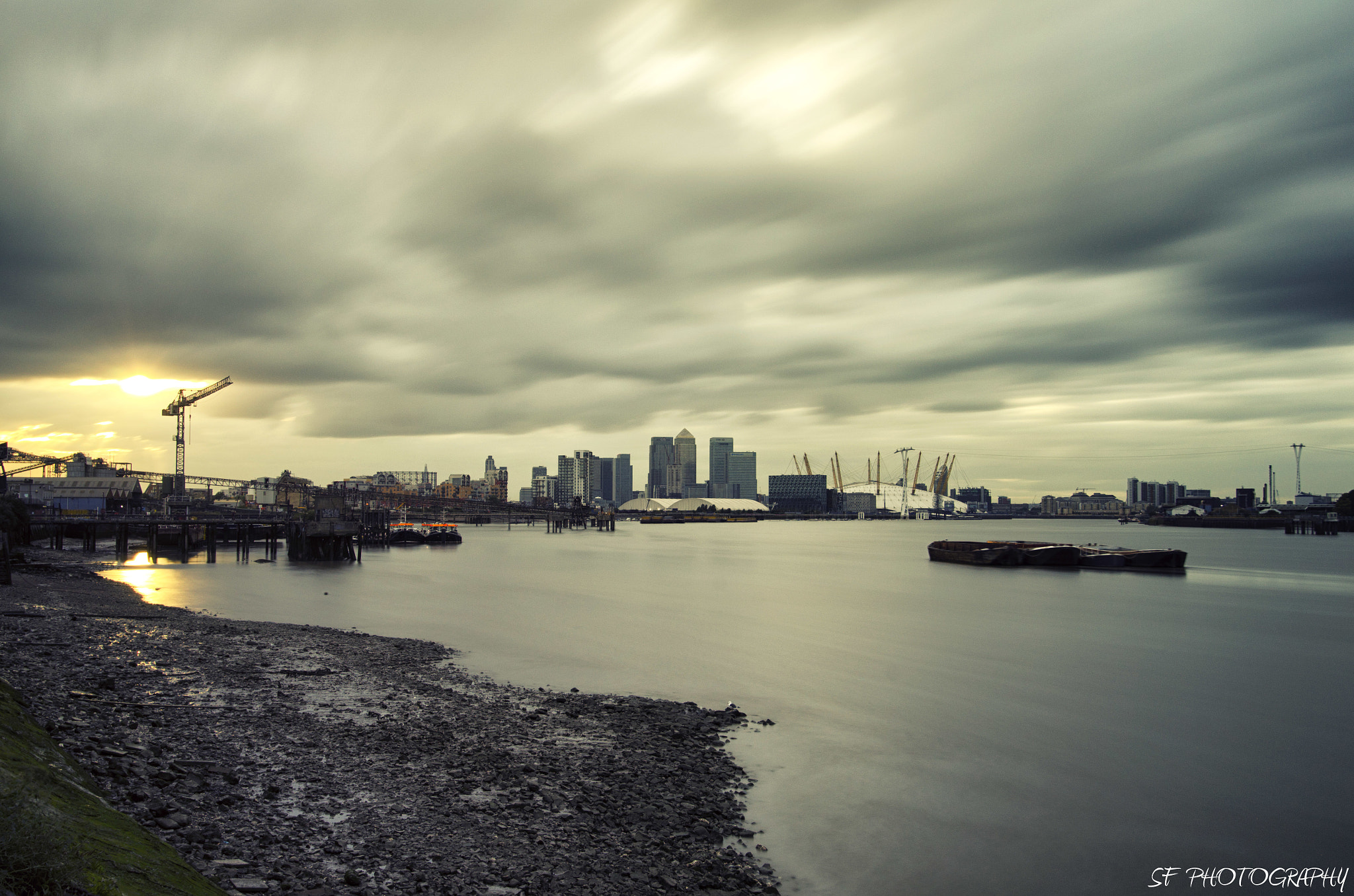 Photograph Canary Wharf by Sam Forde on 500px