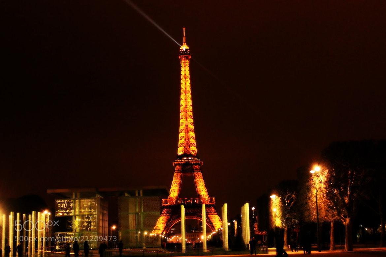 Photograph Eiffel Tower, Paris by Ashish Namdeo on 500px