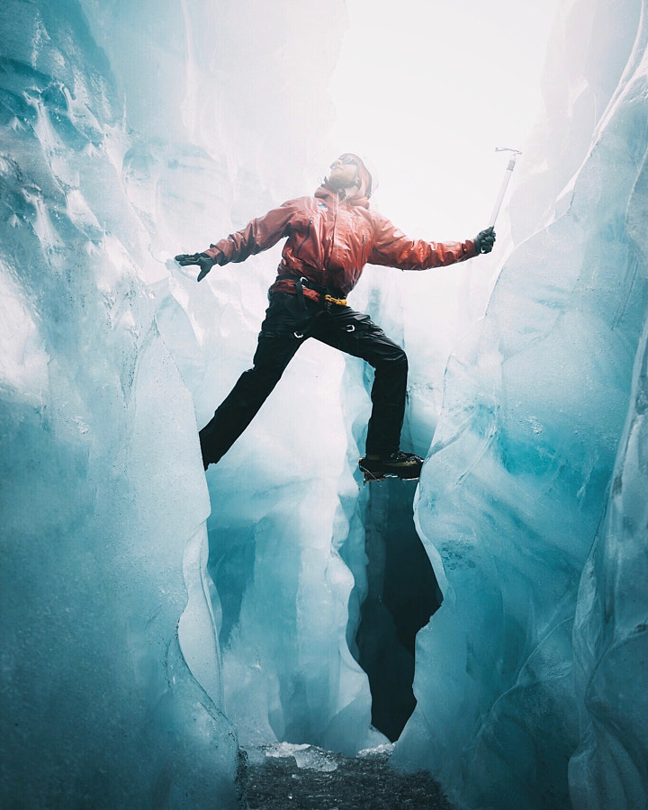 Glacier hikes by Patrick Monatsberger on 500px.com