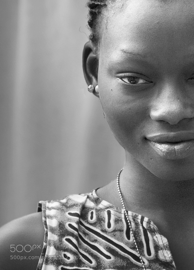 Photograph Woman from Senegal by Jerry Webb on 500px