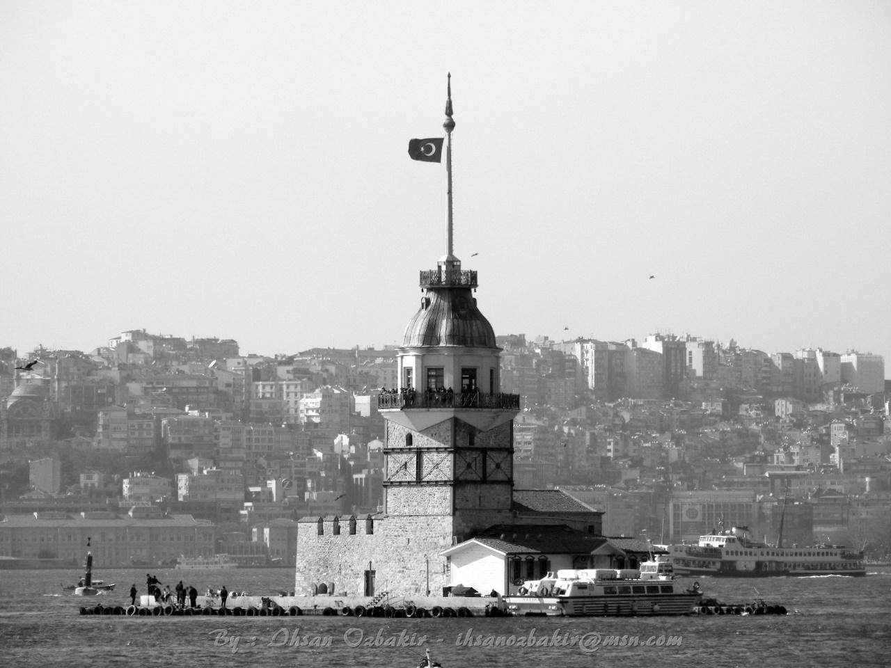 Photograph Kiz Kulesi - Istanbul by Ihsan Ozbakir on 500px