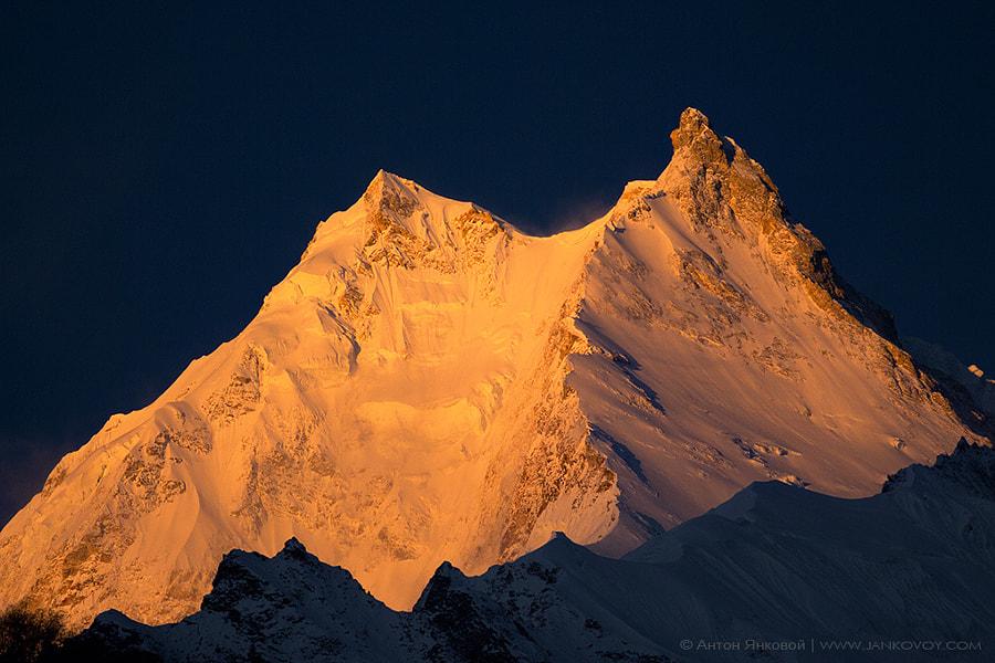 Manaslu (8,156 m) by Anton Jankovoy on 500px.com