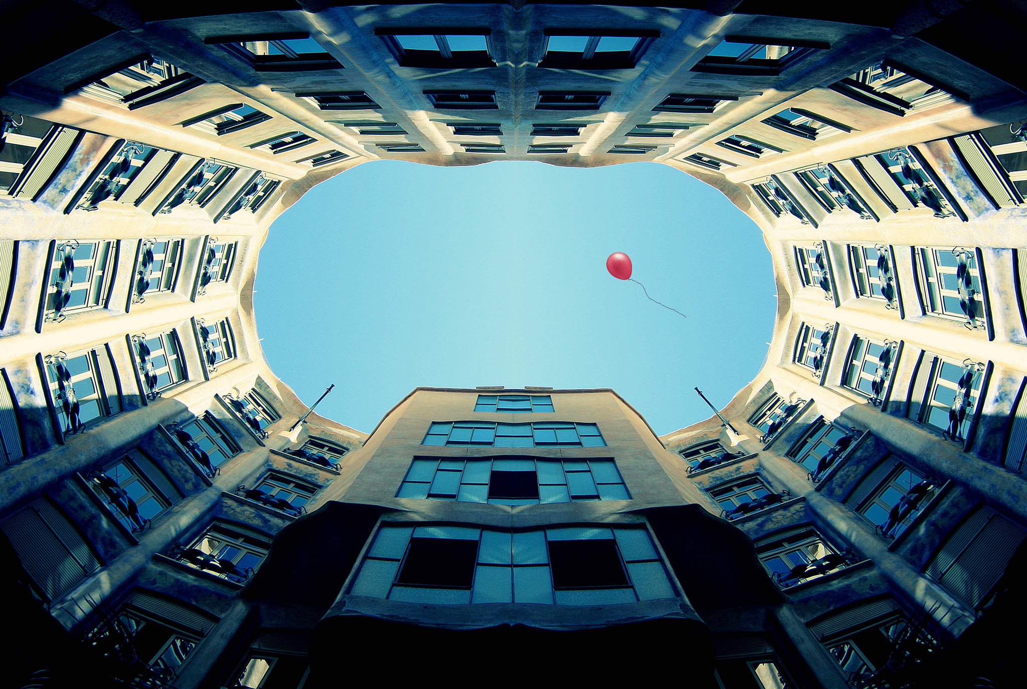 Photograph pedrera by coleopter ! on 500px