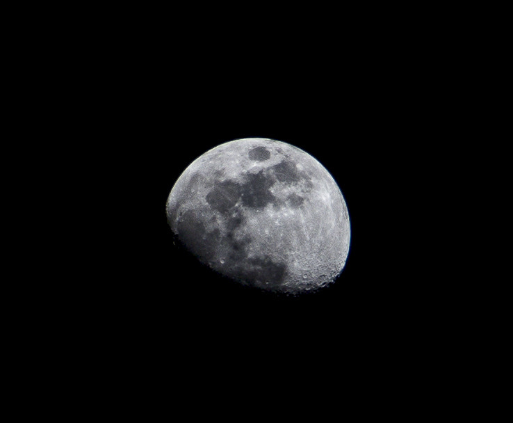 Photograph Darkside of The Moon by KITIPAAN THANGKLOM on 500px