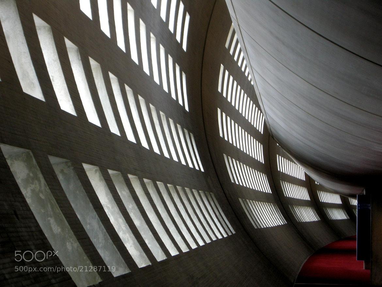 Photograph Terminal 2, Paris by Guido Merkelbach on 500px