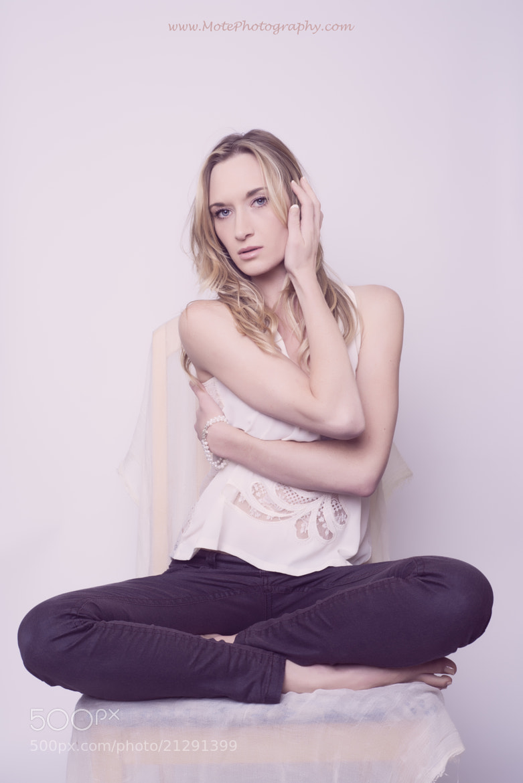 Photograph Jasmine Simone by Mote Tanabodee on 500px