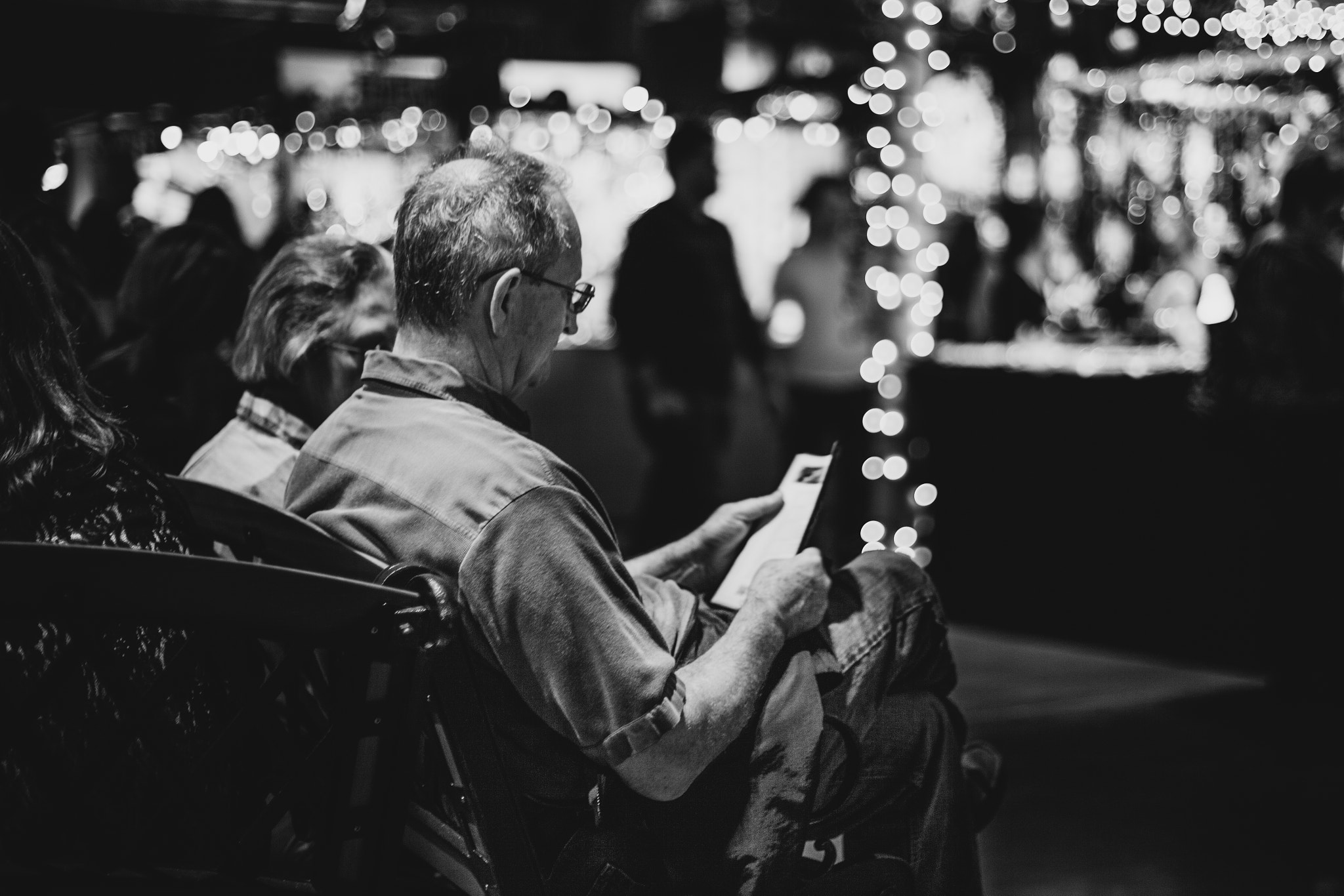 Photograph Take a break from Christmas shopping by Chee Sim on 500px
