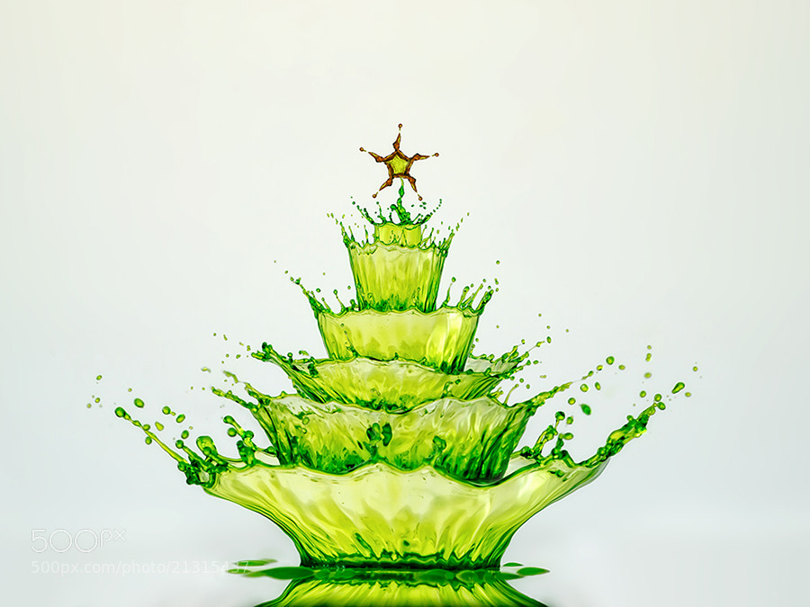 Photograph Splashy Xmas by Markus Reugels on 500px