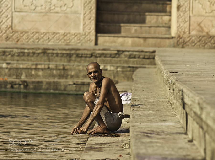 Photograph on stairs of Radha Kunda by Alexander Sidorenko on 500px